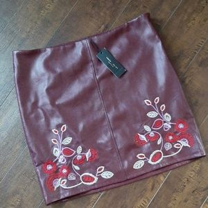 Romeo +Juliet Couture Faux Leather Skirt NWT Sz L